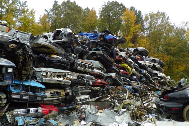 Yard Tour - Scrap cars at Fayetteville Metal Recyclers